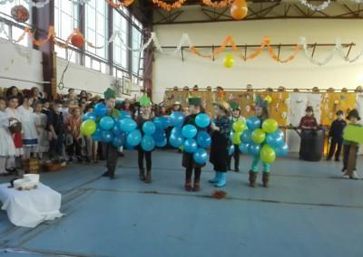 kiralyiskola_1_osztaly_farsang(2)