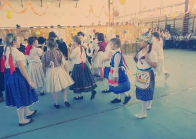 kiralyiskola_hu_farsang_2015_2_osztaly(27)