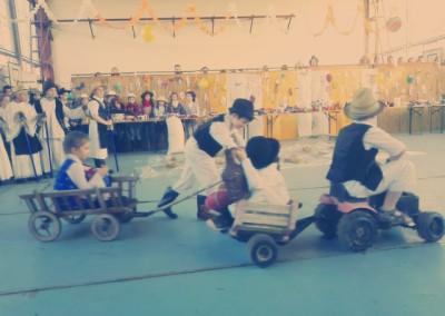 kiralyiskola_hu_farsang_2015_2_osztaly(3)